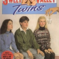 Sweet Valley Twins #102: The Mysterious Dr. Q